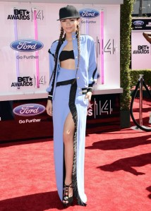 Zendaya-Coleman---BET-Awards-2014--05-720x1006
