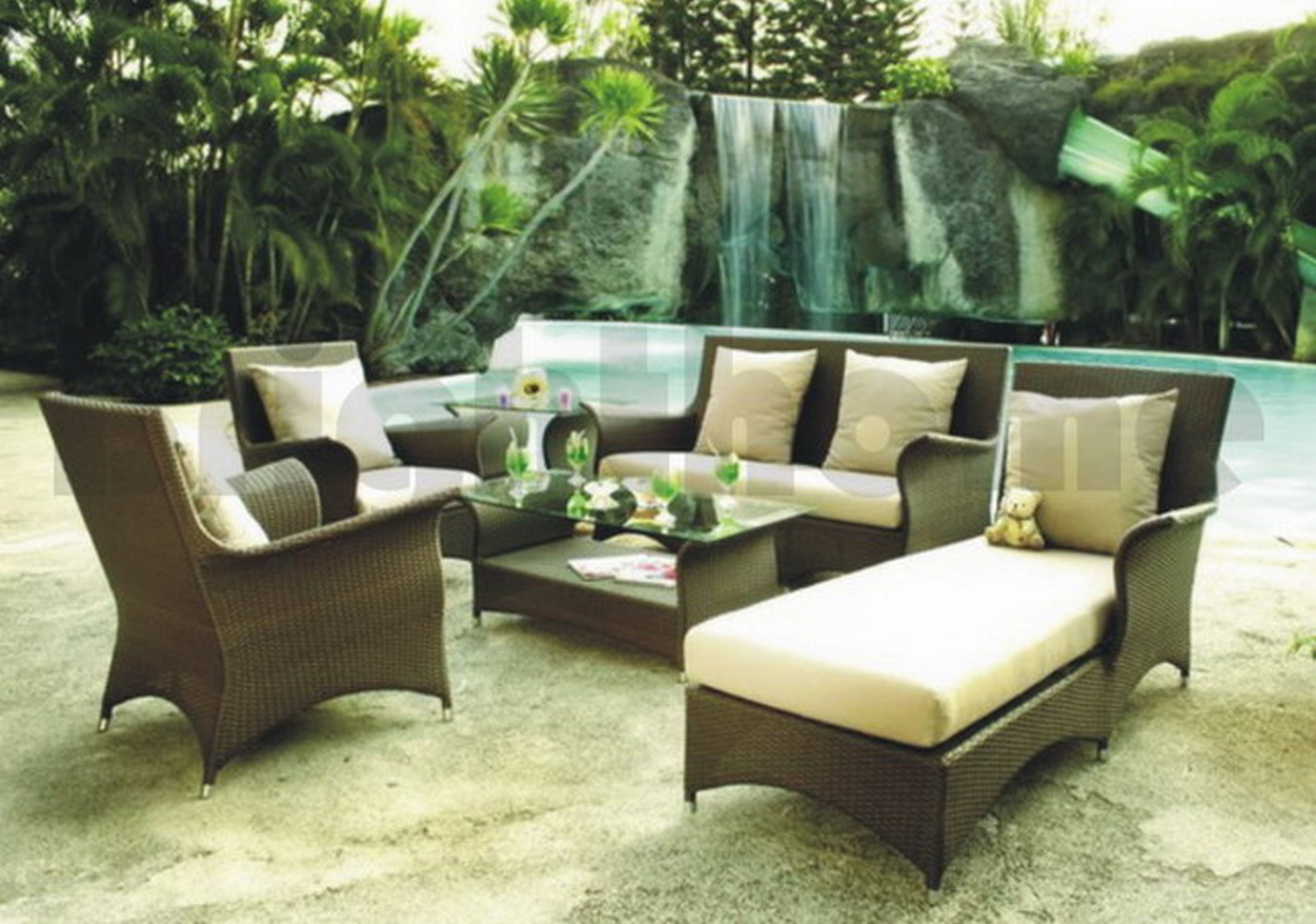 Outdoor divaindenims sneakers for Outdoor patio furniture sets