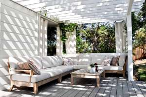 Outdoor-Patio-Ideas-Curtain-Wall-With-Wood